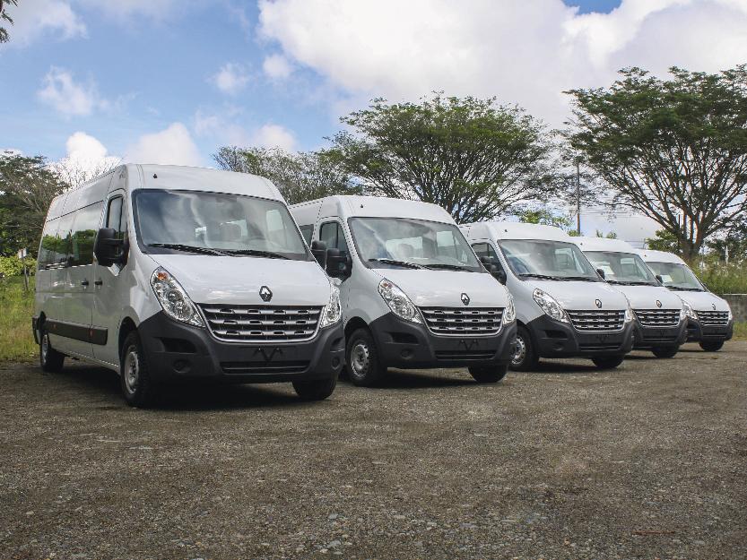 Transformación de vans para pasajeros Renault / Mercedes Benz / Iveco / Volkswagen.